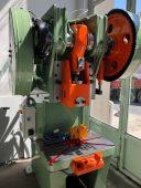 60-tonluk-eksantrik-pres-tezgahı-yeniye-yakin-sifir-ayarinda-eksantrik-pres-makinalari-sahibinden-satilik-eksantrik-pres-makinalari (1)