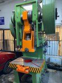 150-ton-eksantrik-pres-makinasi-ikitelli-istanbul-celik-govde-eksantrik -pres-fiyatlari-1 (1)